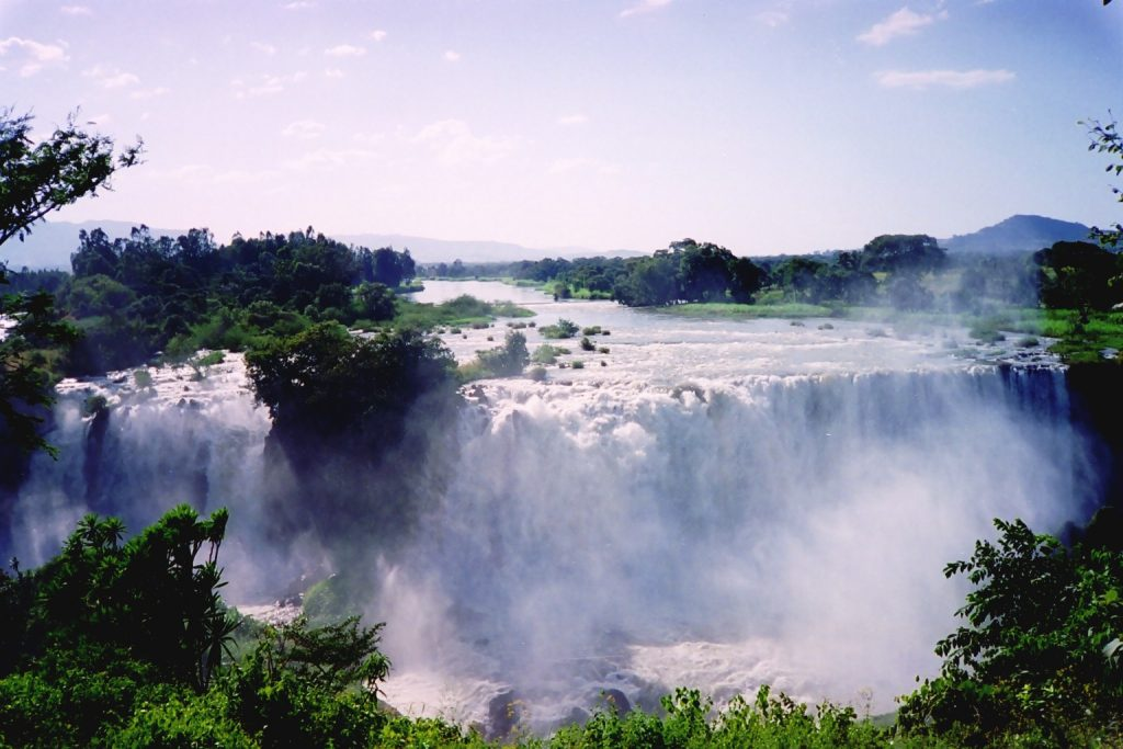 Blue_Nile_Falls-03,_by_CT_Snow